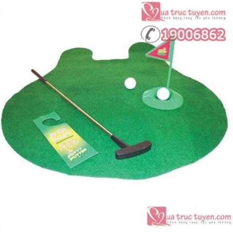 Tro-choi-golf-trong-toilet (3)