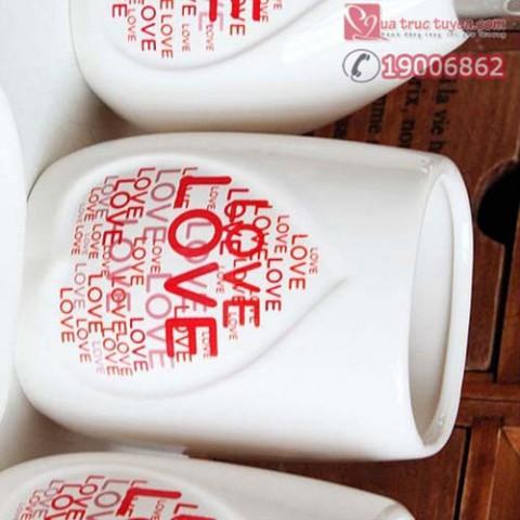 bo-do-dung-nha-tam-chu-love-1